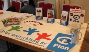 Infostand der Plan Aktionsgruppe Mönchengladbach